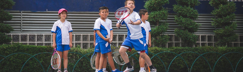 tenis en colegio simon bolivar